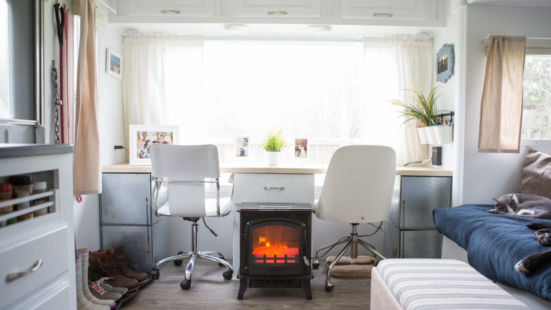 25 Mobile Office Set Ups To Inspire You To Rv Full Time Heath Alyssa