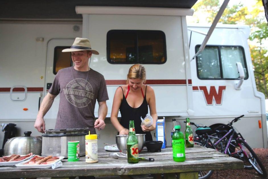 cobb grill koa - heath & alyssa